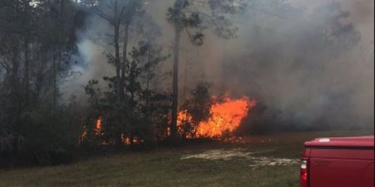 Crews keep close eye on contained Jackson Co. brush fire