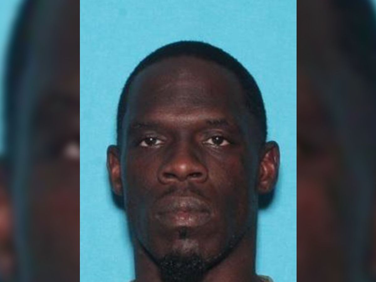 U.S. Marshal's Office seeking public's help in locating alleged murder suspect