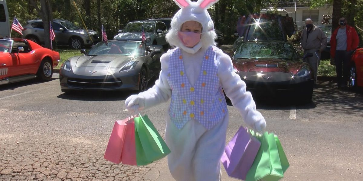 Mississippi Gulf Coast Corvette Club helps bring Easter Bunny to children with special needs