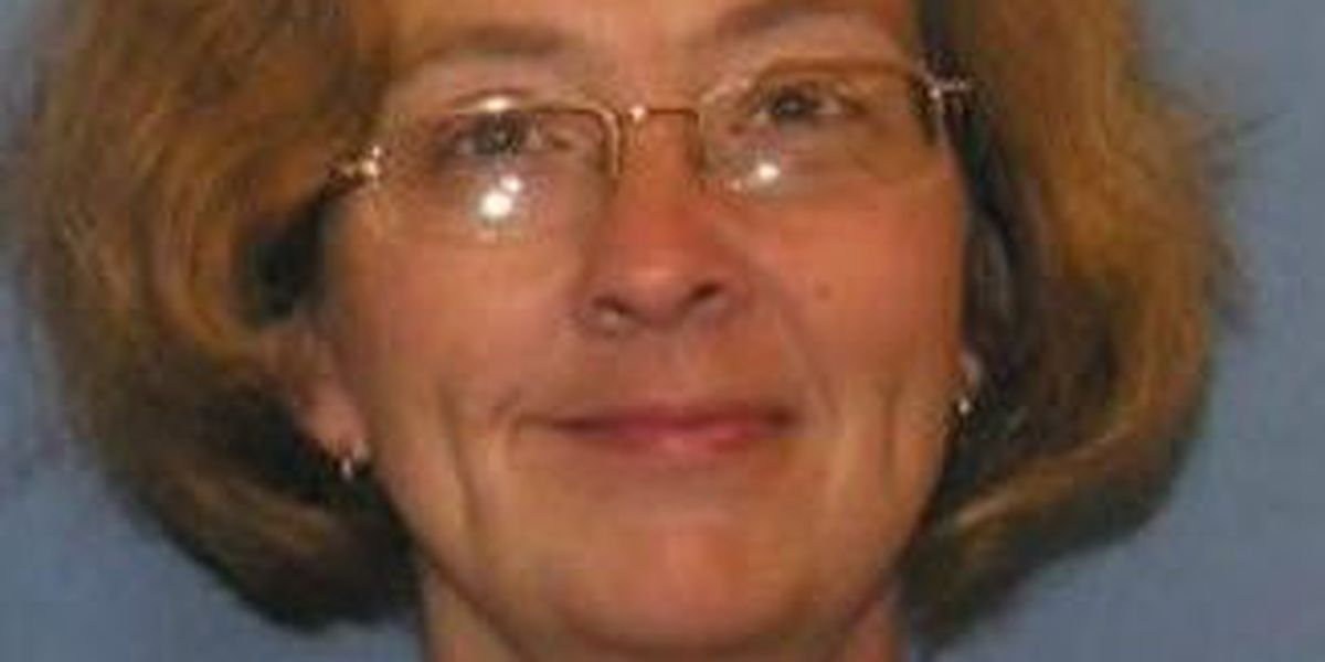 Gautier Police searching for missing woman