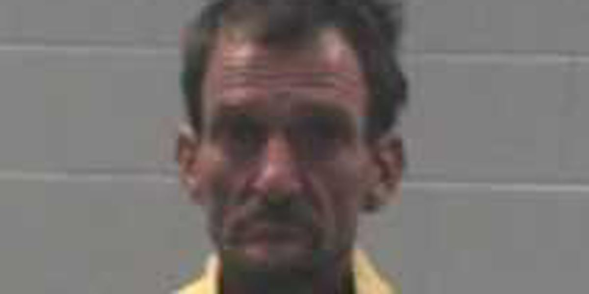 Gautier man arrested for having stolen truck and trailer