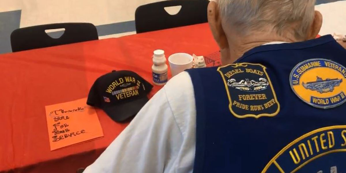 JROTC serves breakfast to veterans at Ocean Springs High