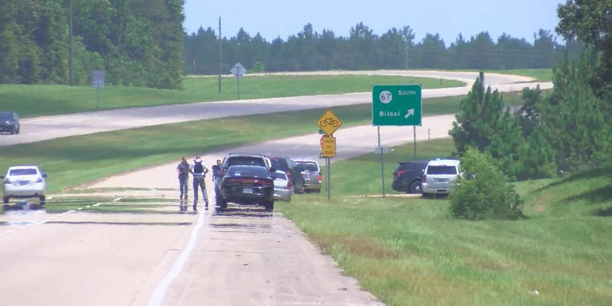 Sheriff: 2 persons of interest in deputy shooting cleared