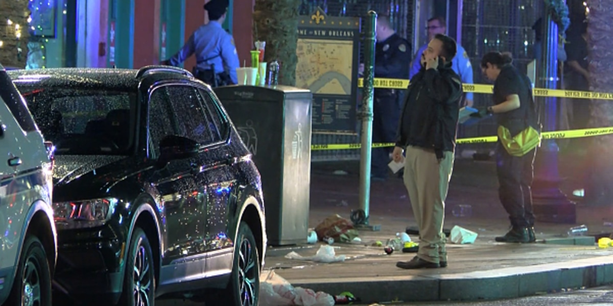 Witness recalls chaotic scene following Canal St. shooting that left 10 injured