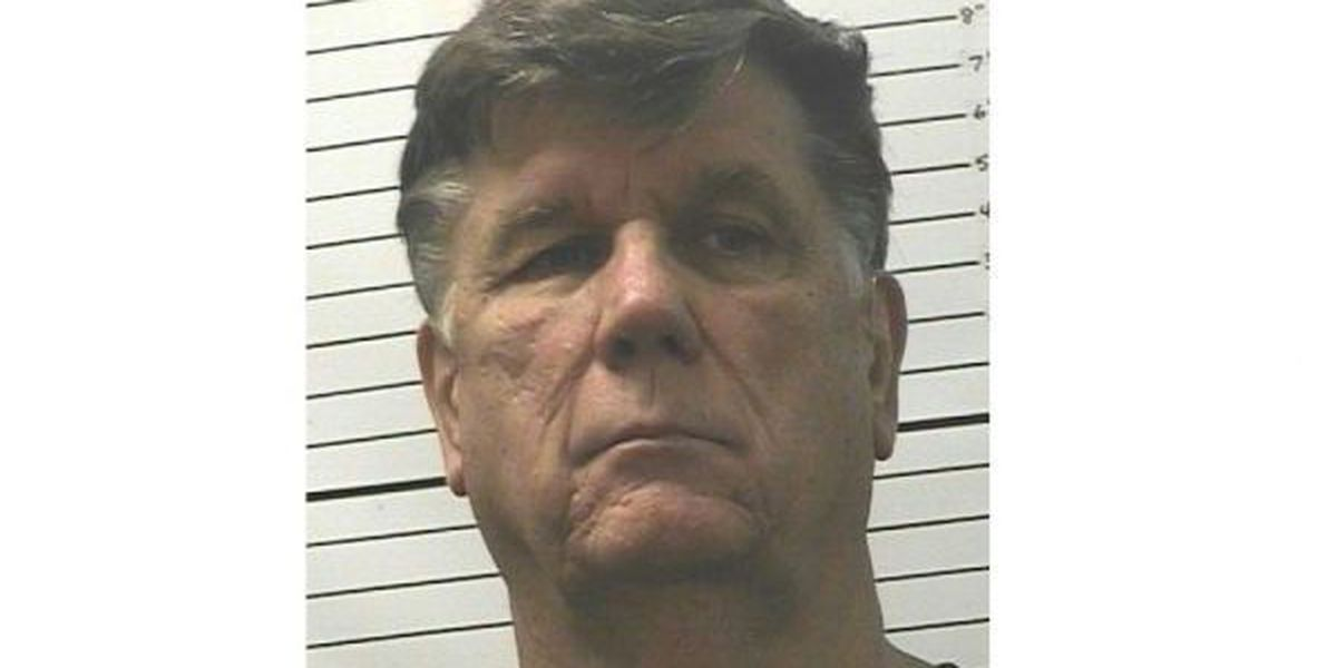 Court documents: Teacher to plead guilty this week