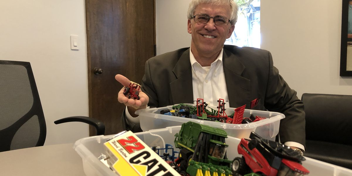 South Mississippi man has incredible toy tractor collection