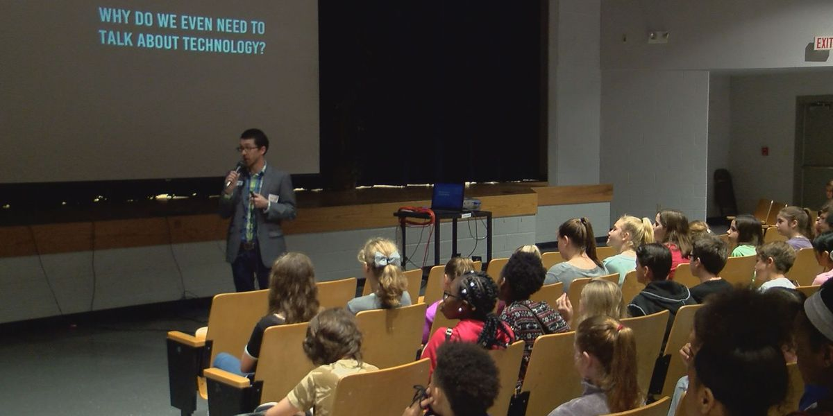 Gulfport students learn to make smart choices on the internet