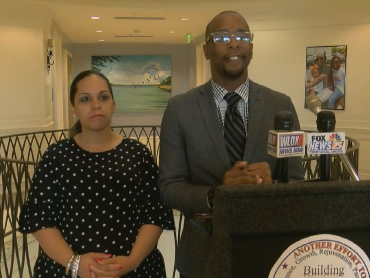 Moss Point Mayor Mario King, wife indicted on wire fraud charges