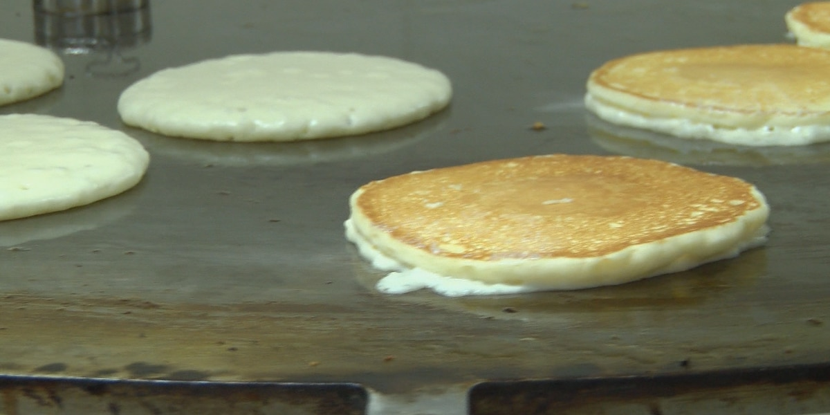 HAPPENING NOW: Gulfport Kiwanis serving up pancake plates for a good cause