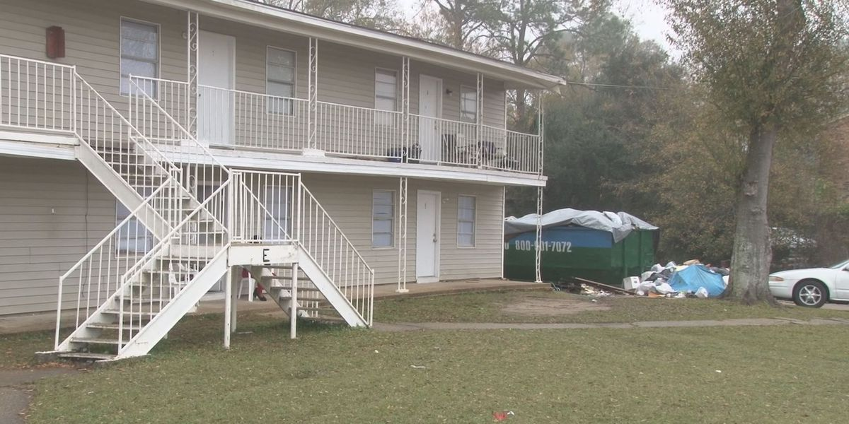 City to condemn Pascagoula apartments, some residents fear living in streets