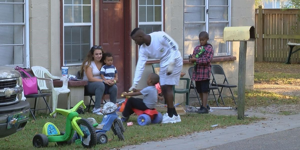 Family regrouping after losing everything in house fire