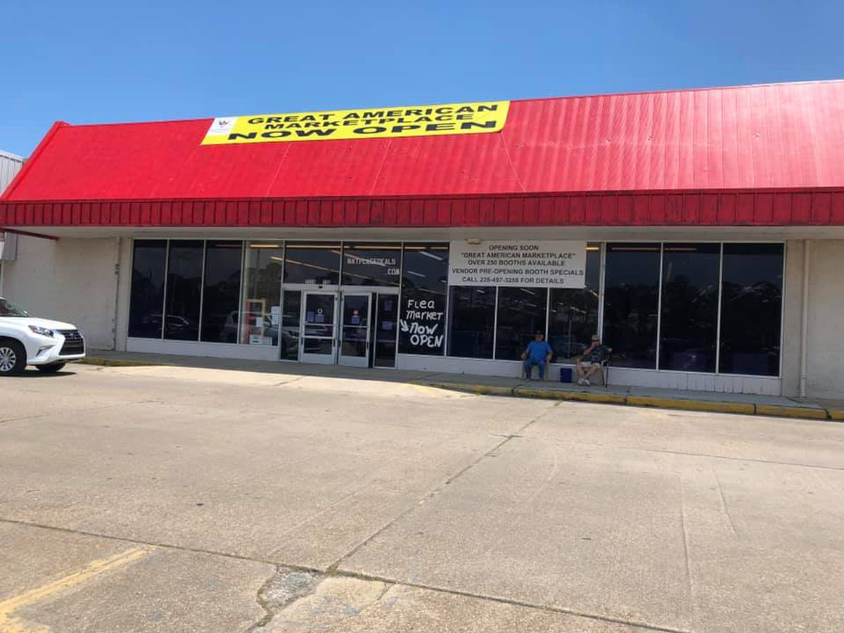 Hundreds shop new indoor flea market in Gautier on grand opening weekend