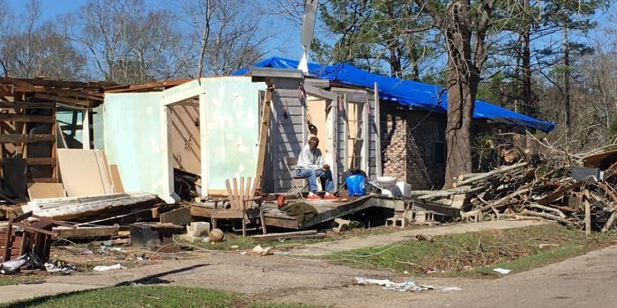 Tornado victims turn to faith, family and friends