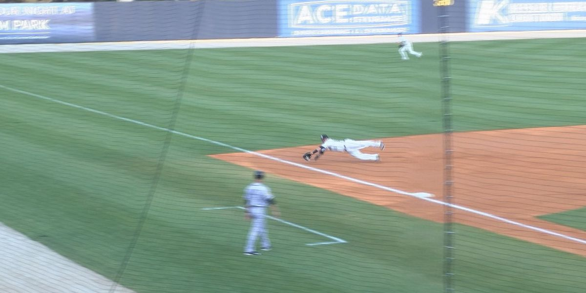 Shuckers find the offense in 9-1 win over Suns