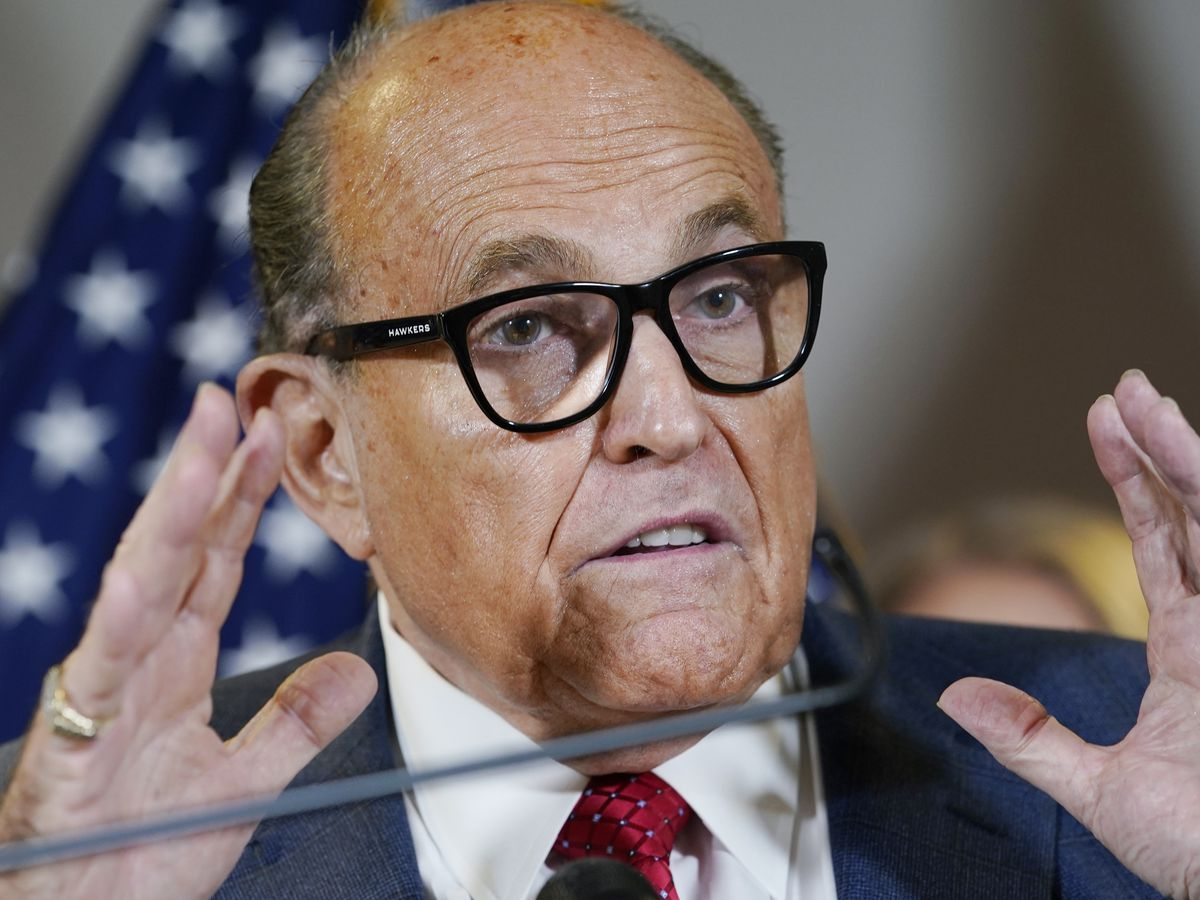 Prosecutors seek 'special master' to review Giuliani material