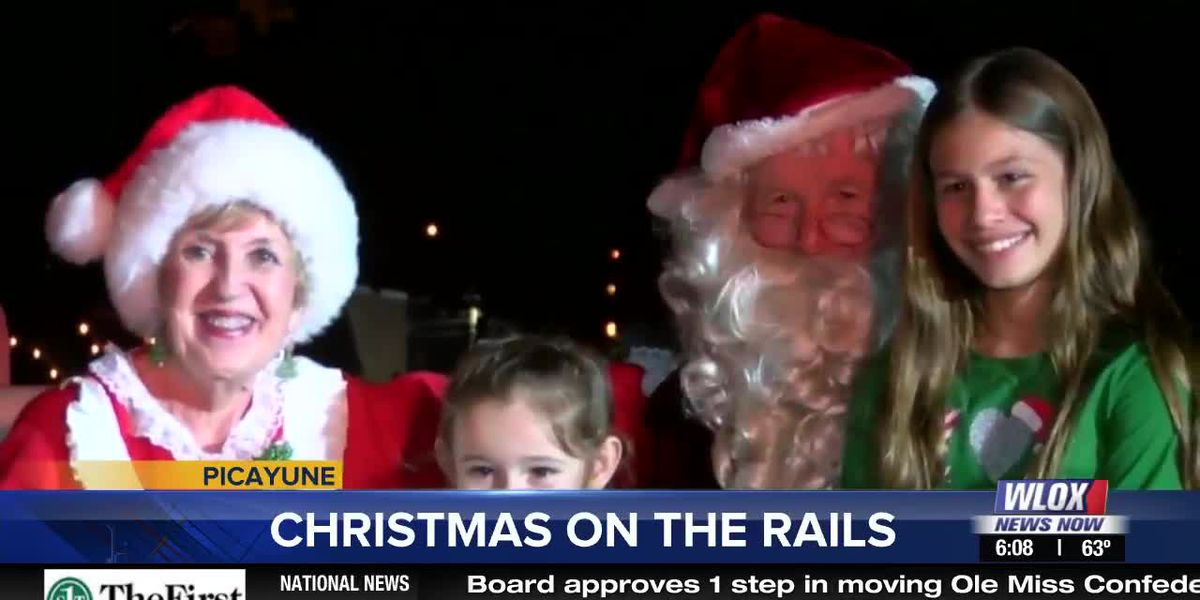 LIVE REPORT: Picayune's Christmas on the Rails celebration