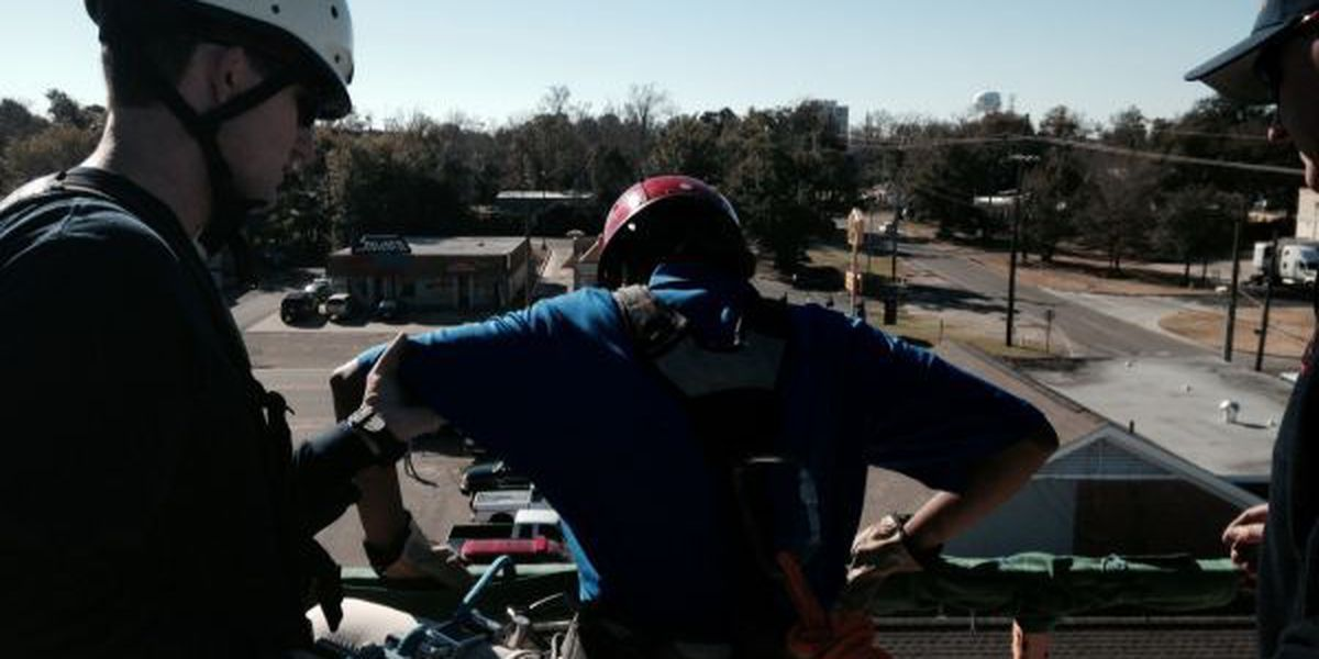 Rescue rappelling teaches Gulfport students to overcome fear