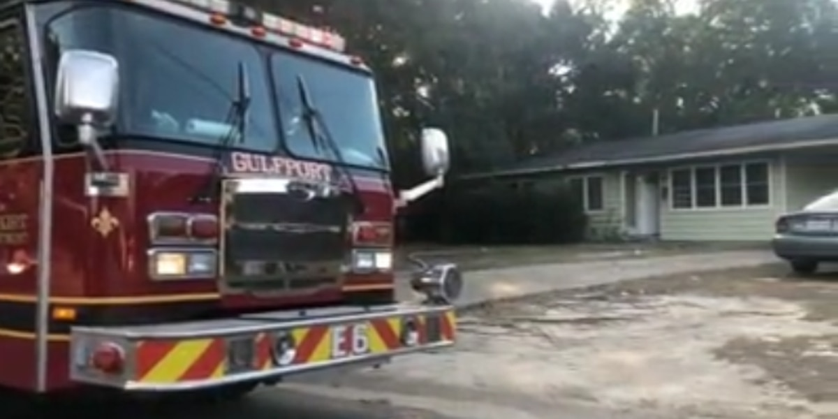Officials investigate 'suspicious' fire at vacant home
