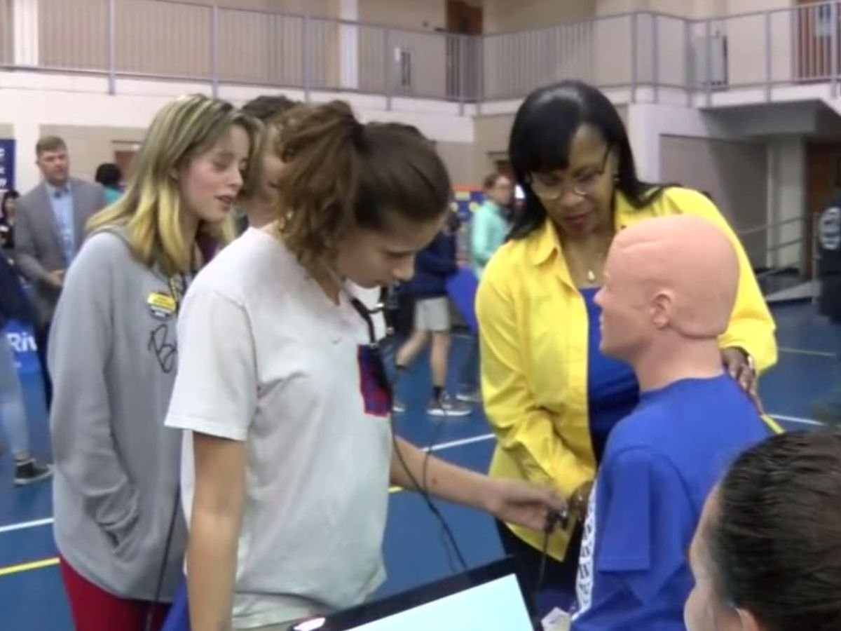 Students explore careers at 'Path That Pays' event in Jackson County