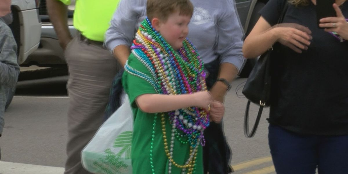 Kids dress for success in 2019 Children's Walking Parade