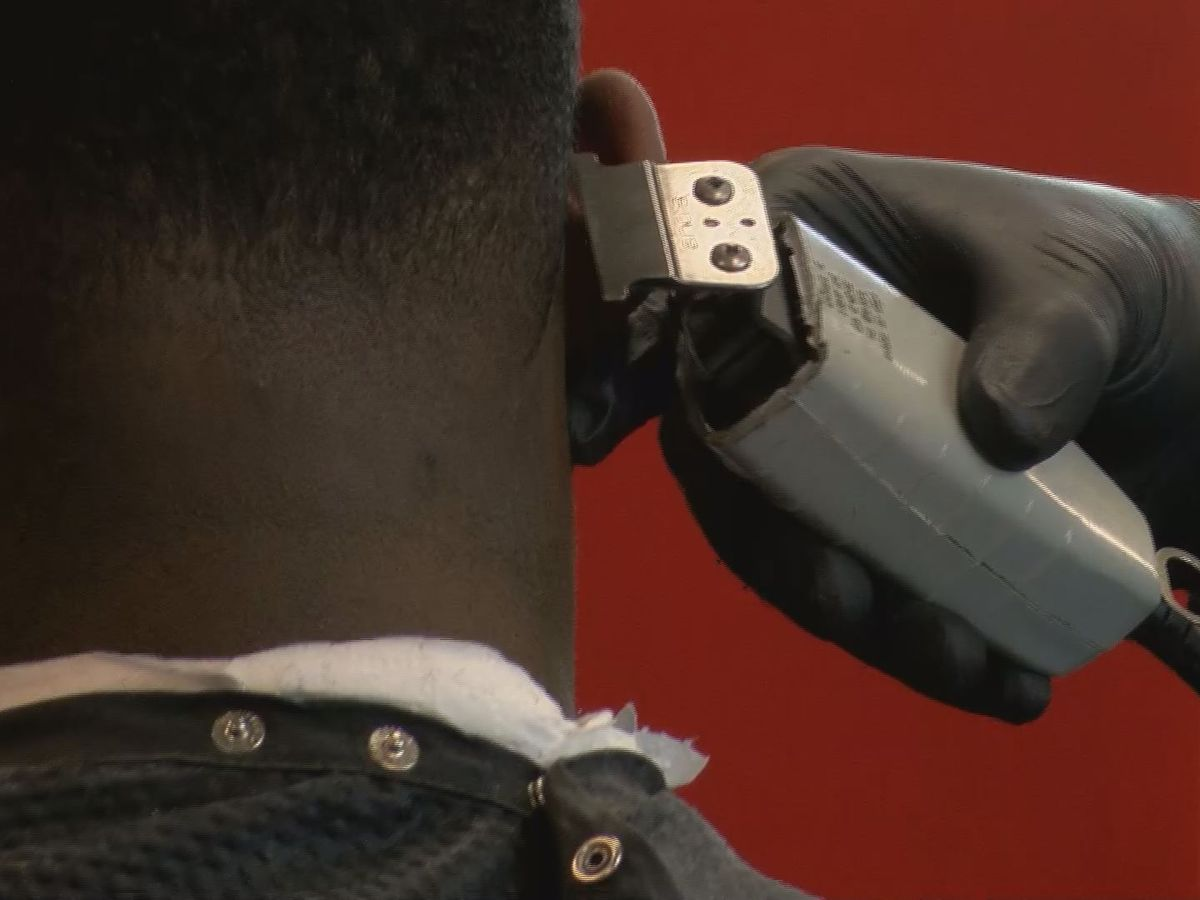 South Mississippi Strong: Studio 601 barbers give haircuts, good advice