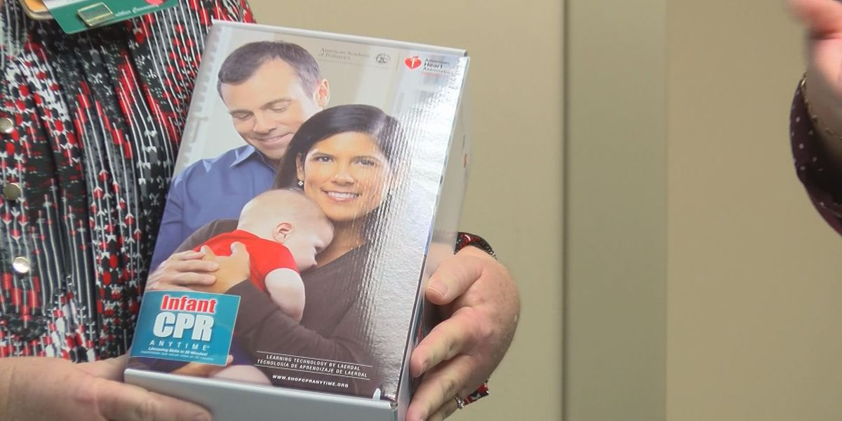 New parents to receive infant CPR kits