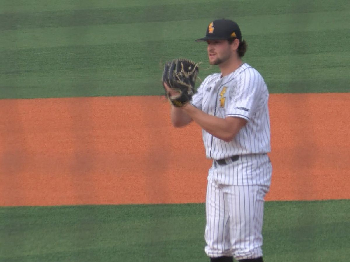 Gabe Montenegro gives Southern Miss 6-5 comeback victory with eighth-inning double