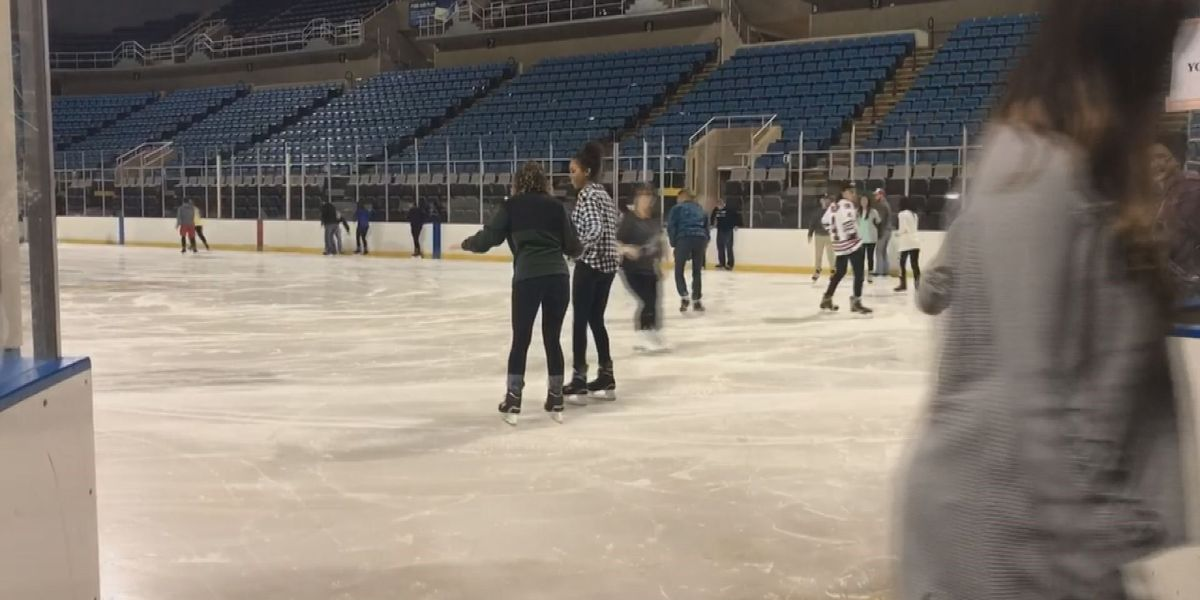 Coliseum welcomes ice skaters to wintertime rink