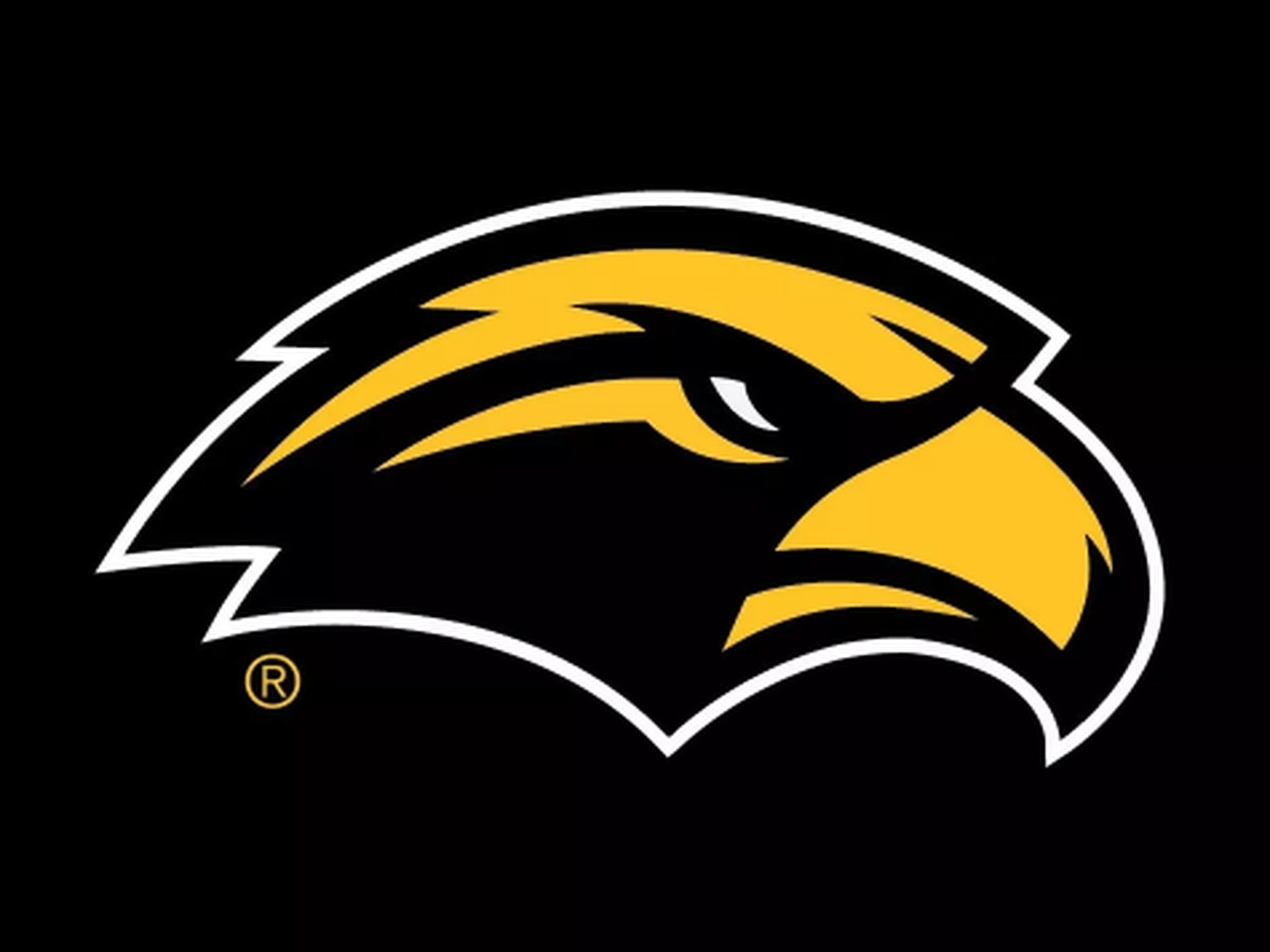 USM president announces AD's resignation