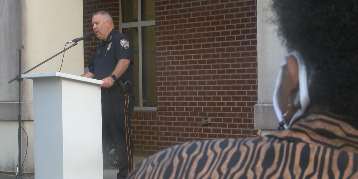 New Gulfport police chief answers community's questions