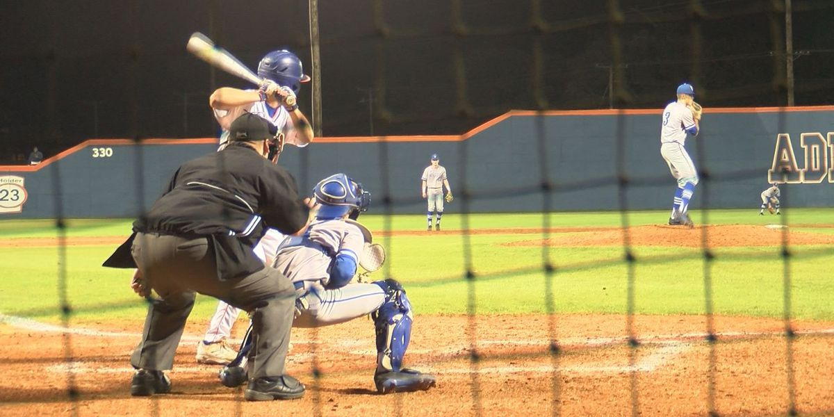Dylan Ladner belted 3 doubles and had 5 RBI to lead Gulfport to 10-9 win over Vancleave