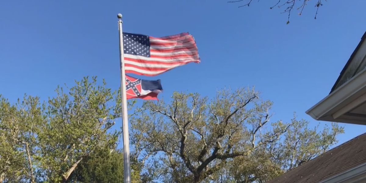 Ocean Springs mayor lowers state flag after vote by legislature
