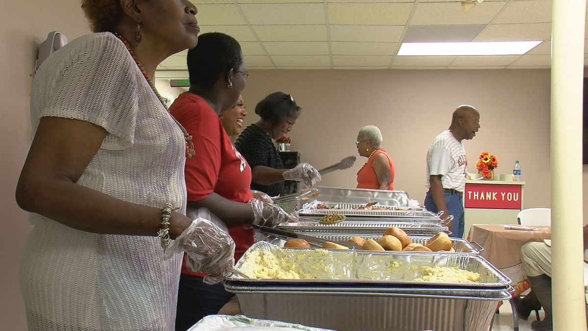 Ocean Springs first responders enjoy home-cooked lunch