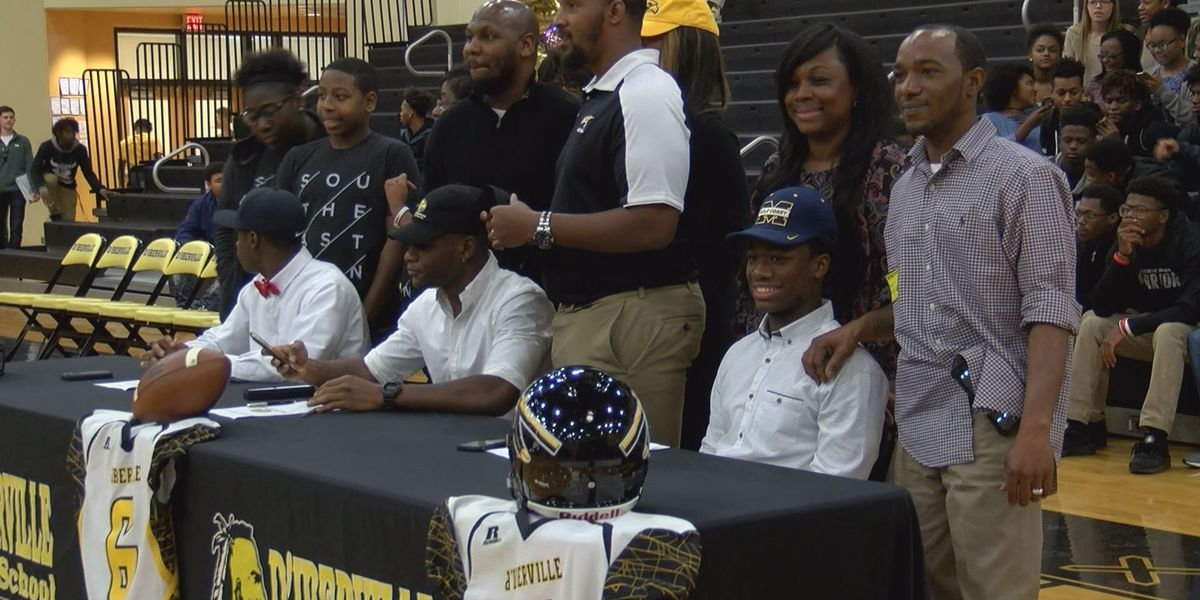 National Signing Day: Report on Harrison Central, D'Iberville & Gautier