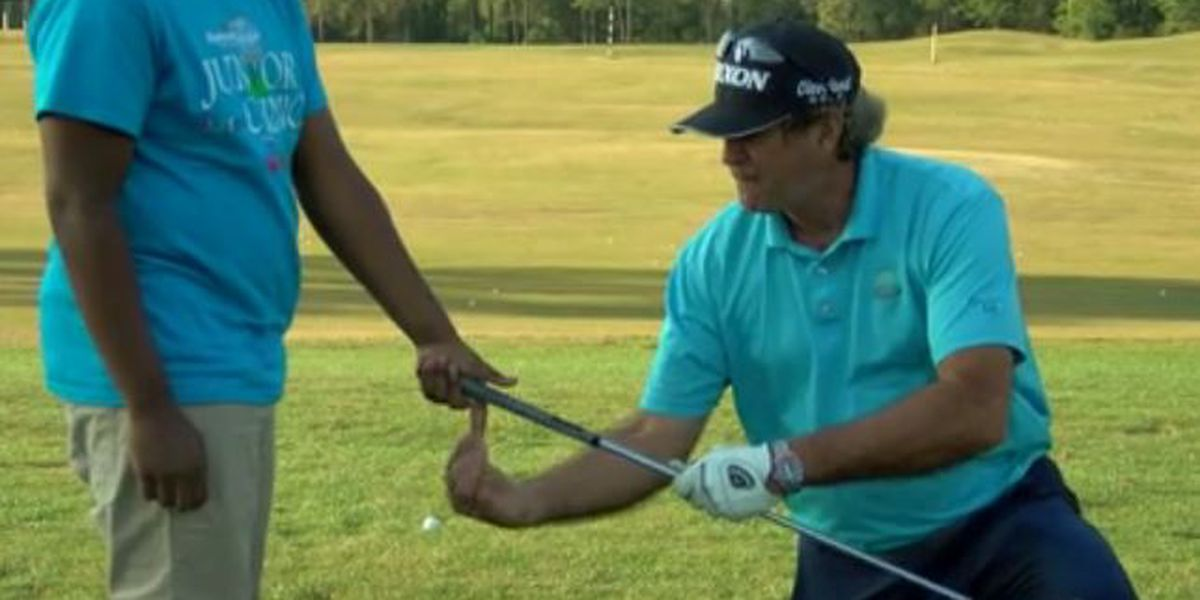 Coast kids learn from golf pros at junior clinic ahead of Rapiscan tournament