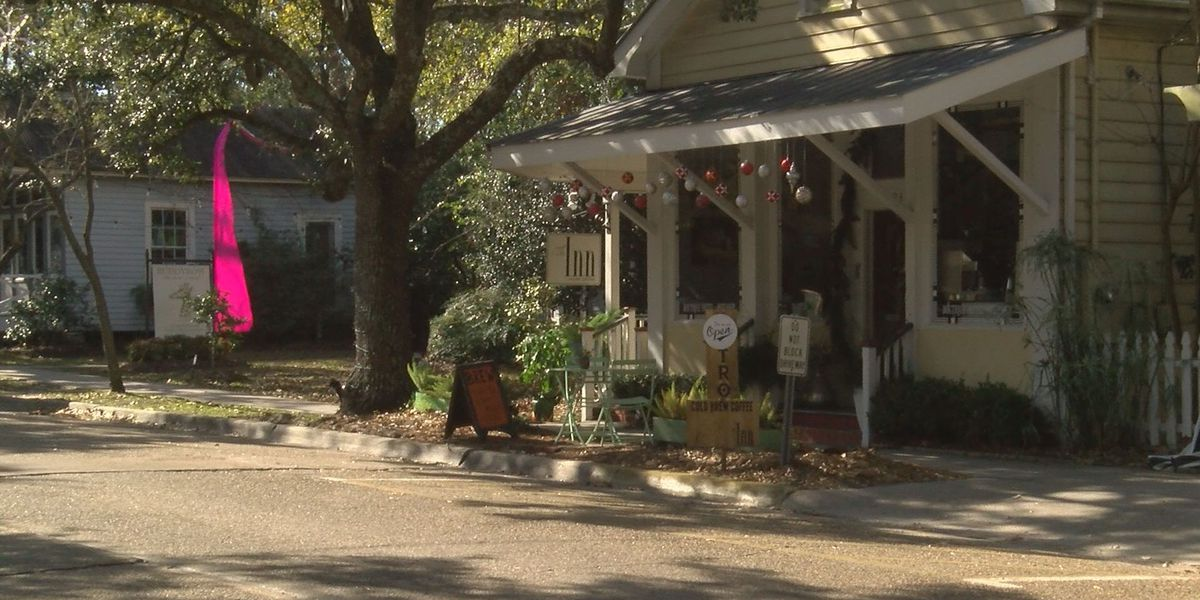 Some Ocean Springs merchants say state flag is bad for business
