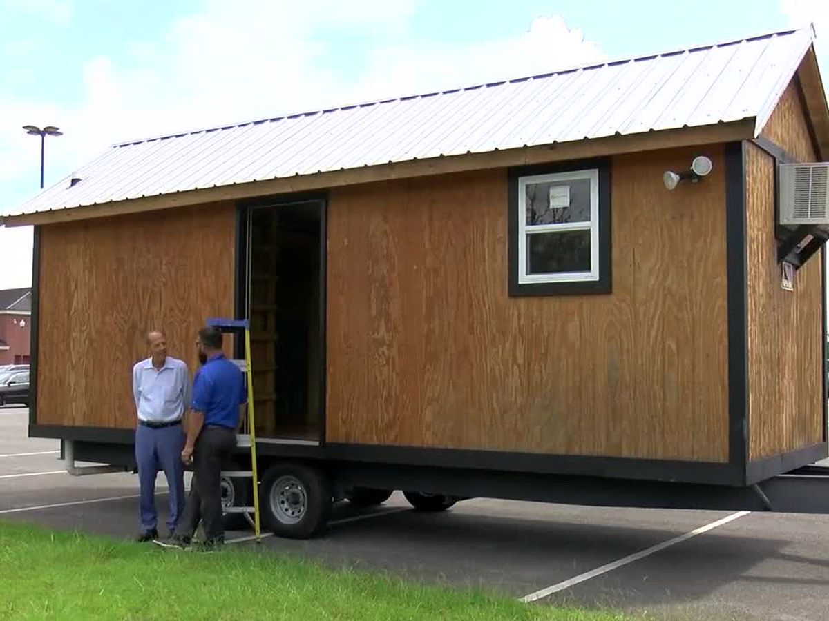 Tiny house build teaches Ocean Springs students real-world skills