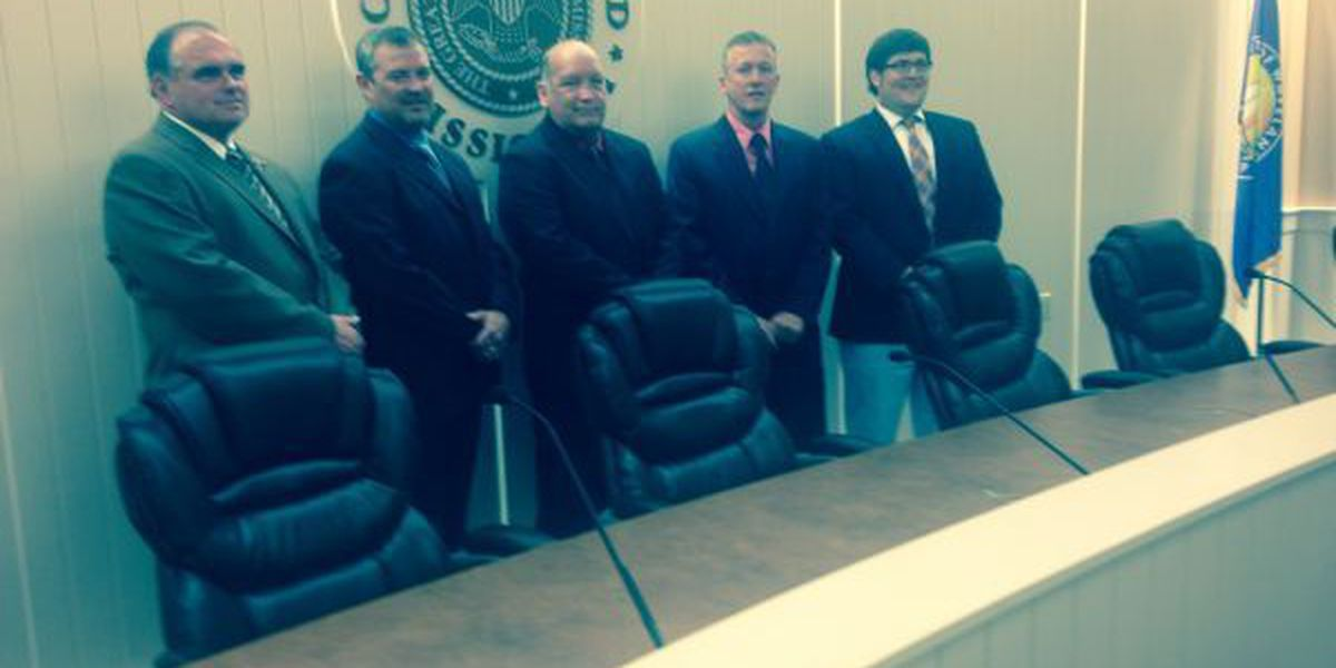 New Waveland city leaders take oaths and offices