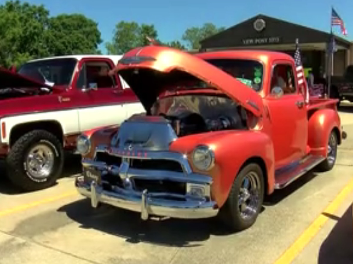 Pascagoula car show organized held in support of veterans
