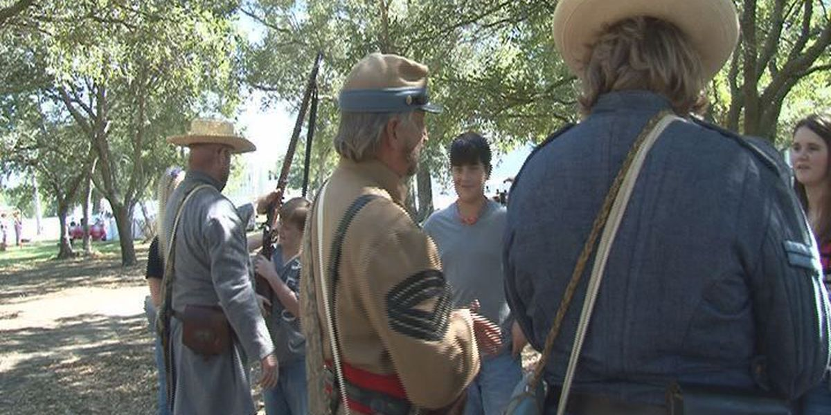 Fall Muster activities at Beauvoir make history come alive
