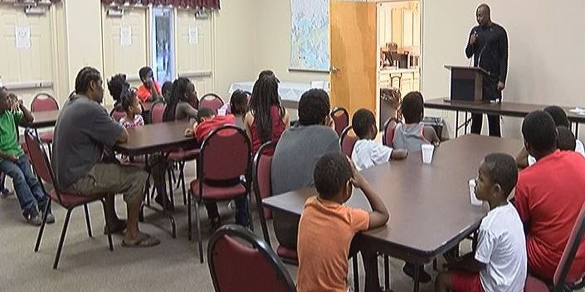 Former NBA player talks to Biloxi kids about staying out of trouble