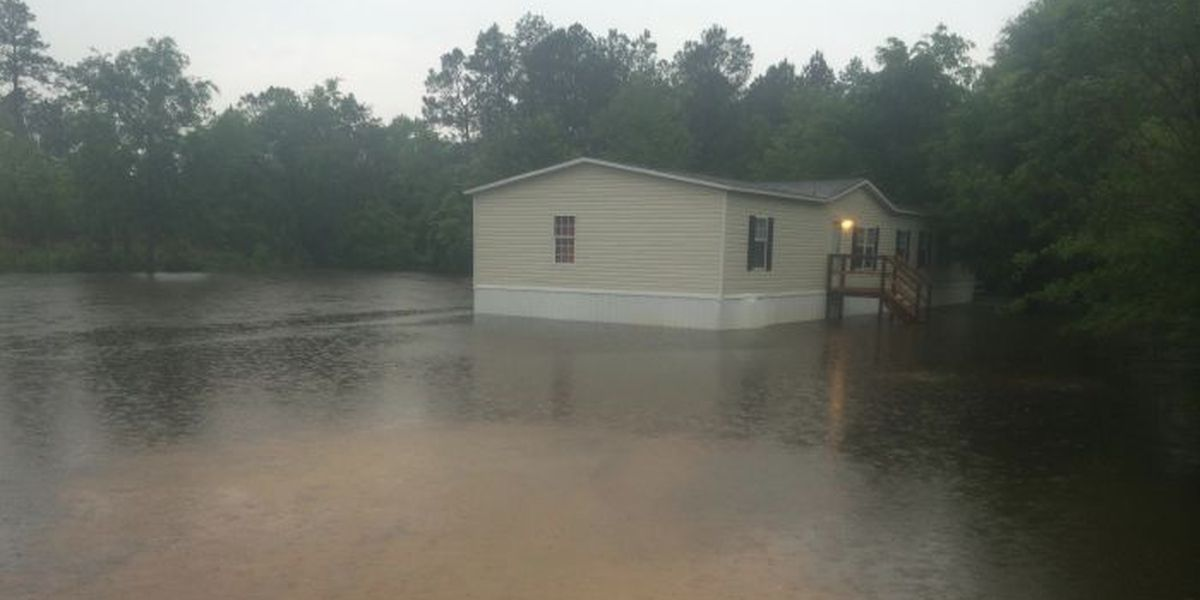 Five to six inches of rain reported across South Mississippi