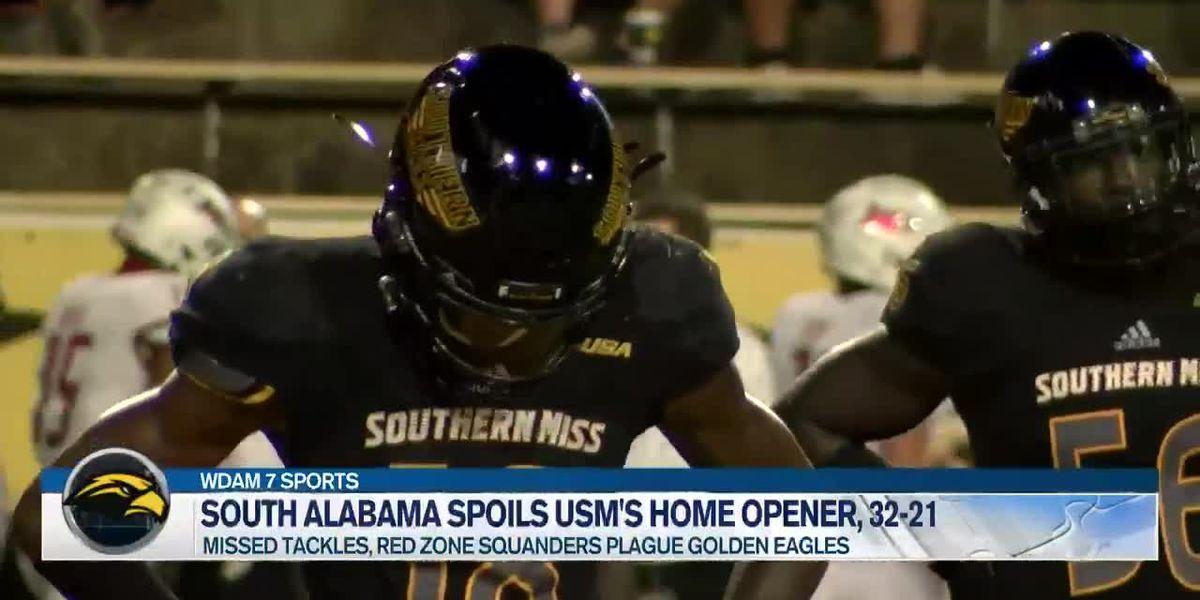 Underdog Jaguars take down Golden Eagles, 32-21
