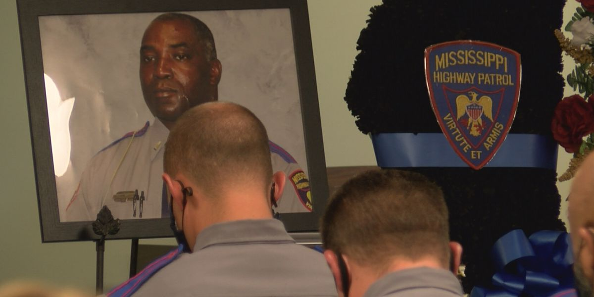 Family, colleagues say final goodbyes to slain MHP trooper