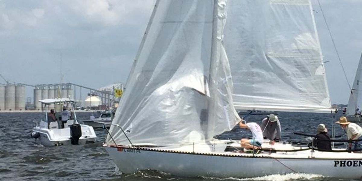 Stiff breeze fills sails for first day of Gulfport Regatta