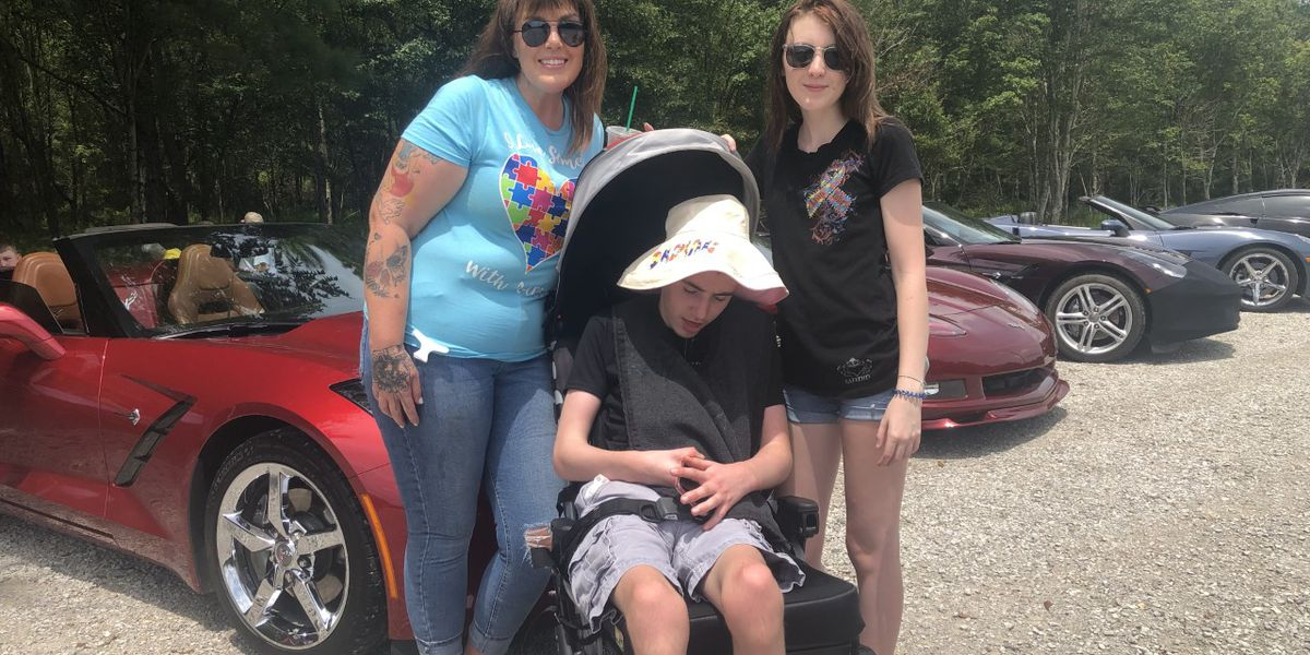 Car show raises funds for family of teenager in need