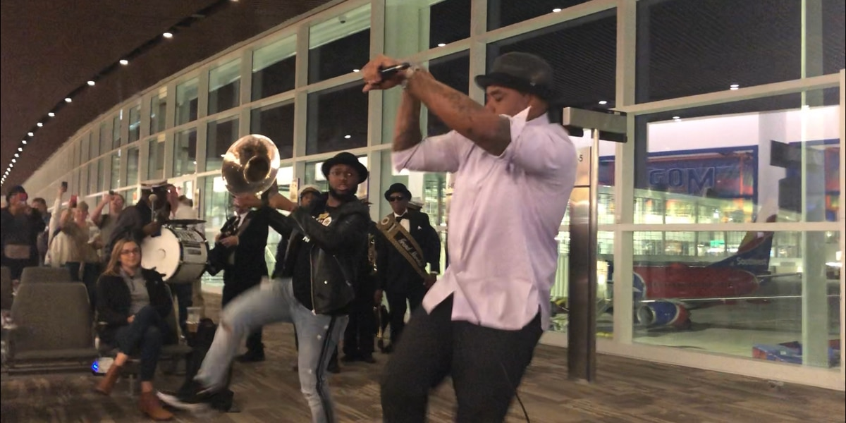 WATCH: Choppa performs 'Choppa Style' for first flight out of new NOLA airport terminal