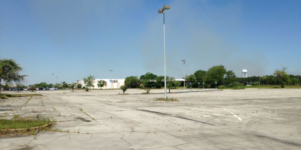 Gautier to buy old Singing River Mall property, develop new town center