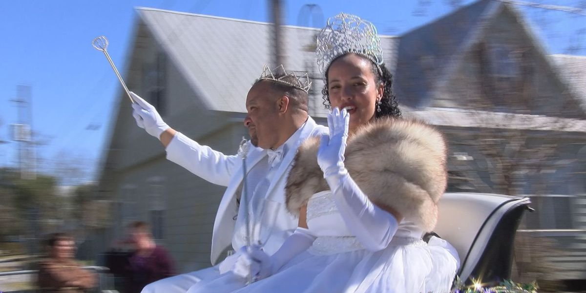 9th Annual Krewe of Diamonds draws large crowd in Bay St. Louis