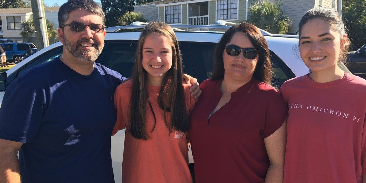 Family carries on 27 year tradition delivering Thanksgiving meals